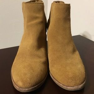 Steve Madden Leather Bootie Size 9.5